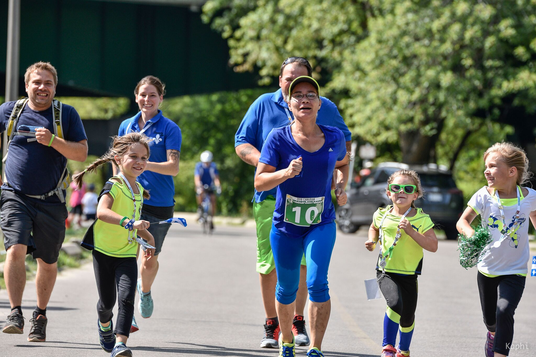 People running for Move4Transplant